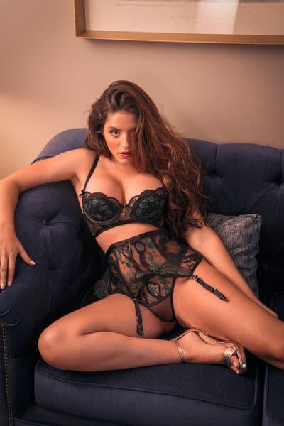 seductive camgirl EmmaBarel