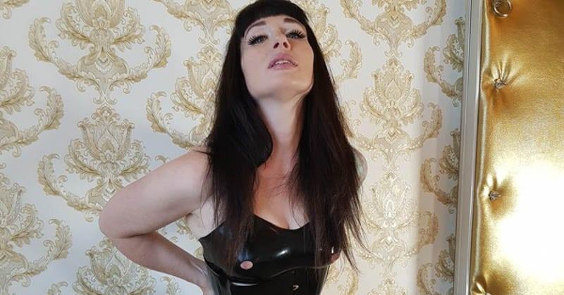 Fetish cam girl KitCattNoir